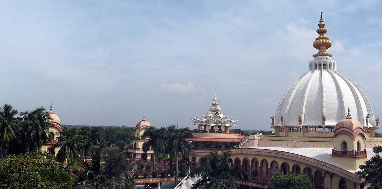 Sir Mayapur Chandrodaya Mandir